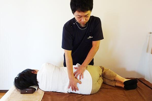 AKA療法(関節運動学的アプローチ)