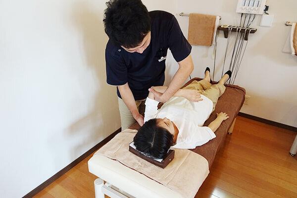 AKS治療(関節運動学的ストレッチ)